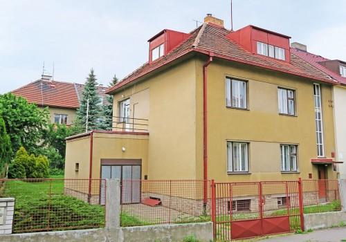 PRODEJ Rodinný dům 5+3/T/GS (260m2) Praha 4 - ul. Jižní